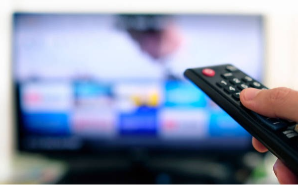 https://www.istockphoto.com/photo/remote-control-and-tv-screen-gm1175674398-327476771